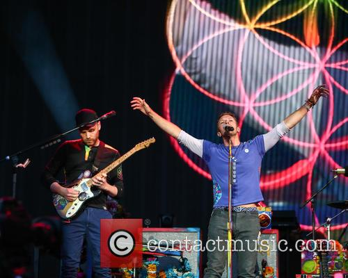 Chris Martin and Jonny Buckland 9