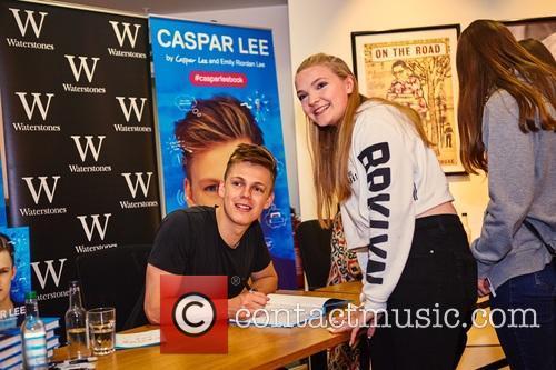 Caspar Lee 9