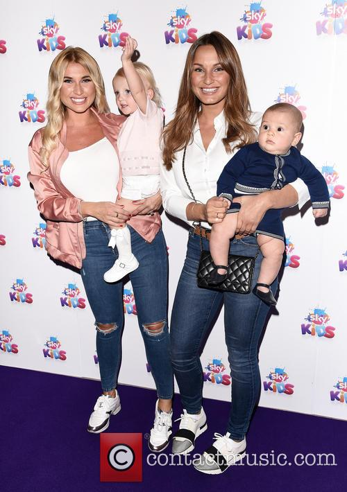 Billie Faiers and Sam Faiers 3