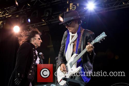 Alice Cooper, Joe Perry and Hollywood Vampires 7