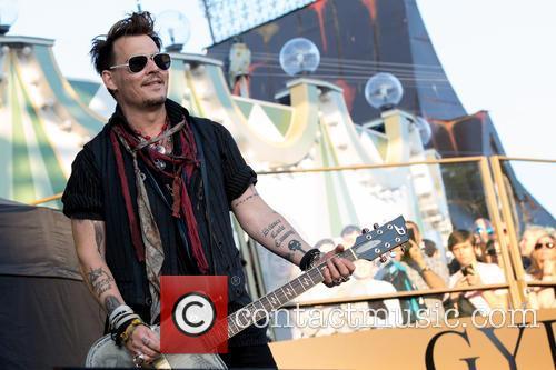 Johnny Depp and Hollywood Vampires 11