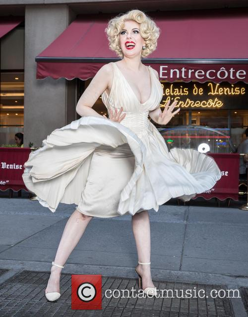 Marilyn Monroe and Anna Zand 4