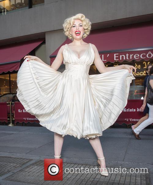 Marilyn Monroe and Anna Zand 6
