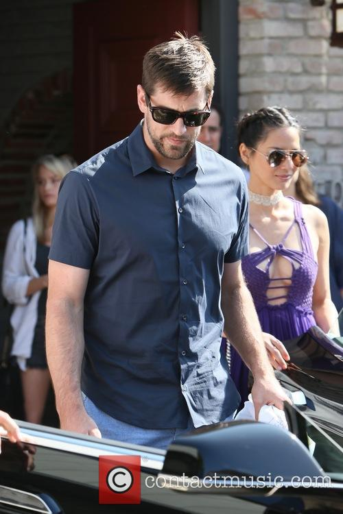 Olivia Munn and Aaron Rodgers 10
