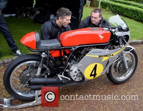 Eric Bana and David Hailwood 10