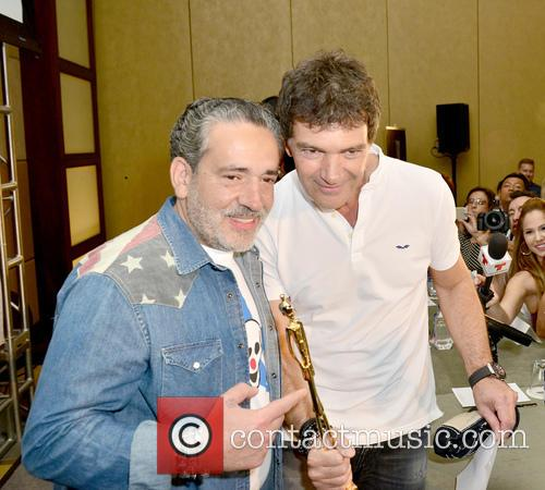 Demo and Antonio Banderas 2