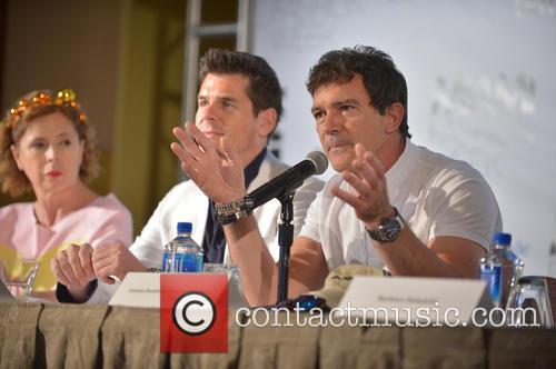 Agatha Ruiz De La Prada, Julio Iranzo and Antonio Banderas 2