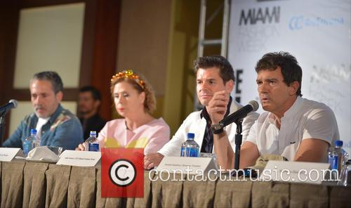 Demo, Agatha Ruiz De La Prada, Julio Iranzo and Antonio Banderas 4