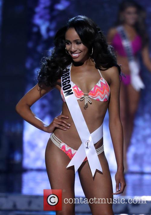 Miss Oregon and Natriana Shorter 3