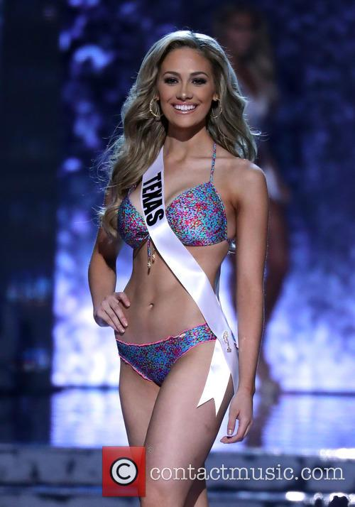 Miss Texas and Daniella Rodriquez 3