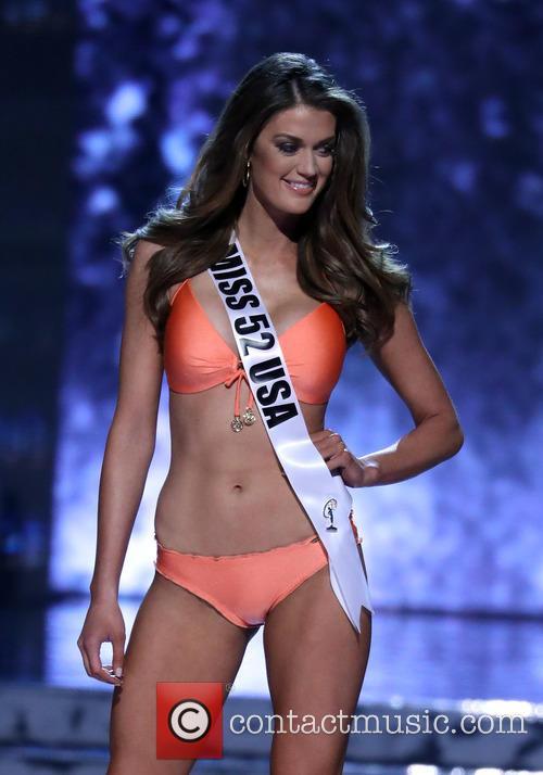 Miss 52 Usa and Alexandra Miller 3