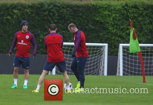 Jack Wilshire, James Milner and Wayne Rooney 1