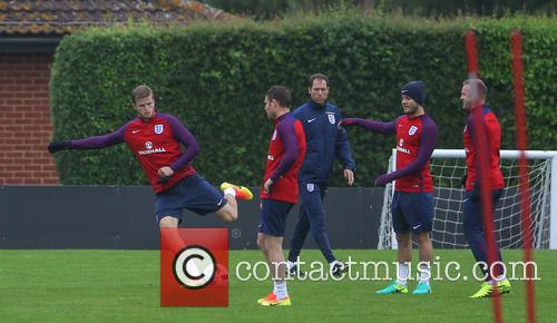 Jordan Henderson, Marcus Rashford, Jack Wilshire, James Milner, Wayne Rooney and Eric Dier 2