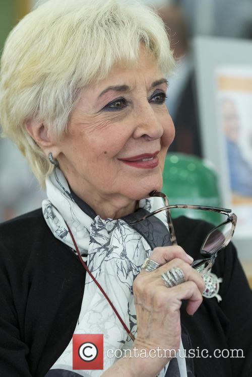 Concha Velasco presents 'Abuelo del Ano' campaign