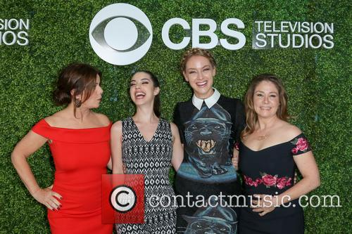 Marcia Gay Harden, Adelaide Kane, Rachel Skarsten and Megan Follows 7