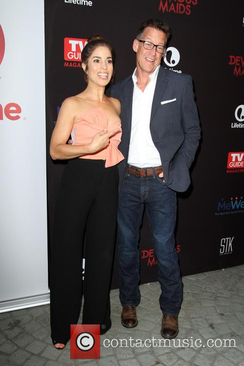Ana Ortiz and James Denton 1