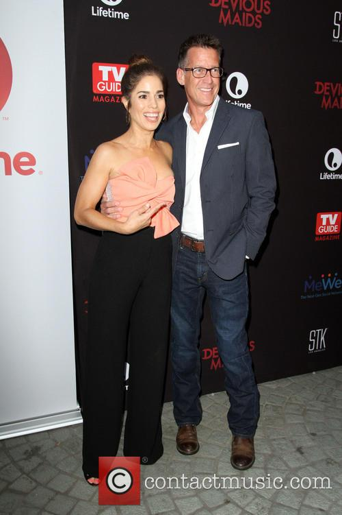 Ana Ortiz and James Denton 2