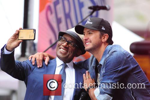 Luke Bryan performs at the 'Today' show plaza