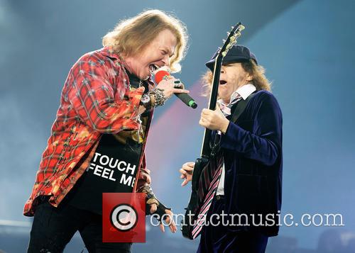 Axl Rose and Angus Young 4