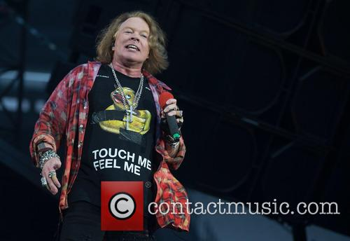 Axl Rose Is Trying To Erase An Embarrassing Photo From The Web