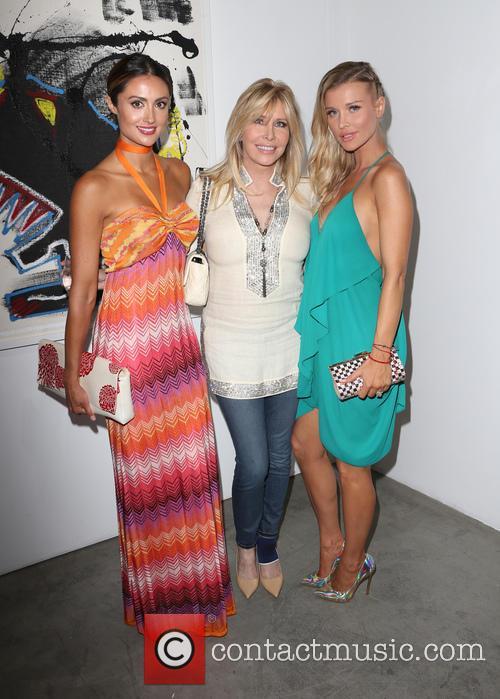 Katie Cleary, Lisa Gastineau and Joanna Krupa 3