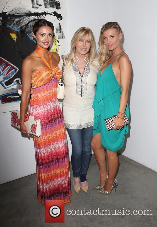 Katie Cleary, Lisa Gastineau and Joanna Krupa 4
