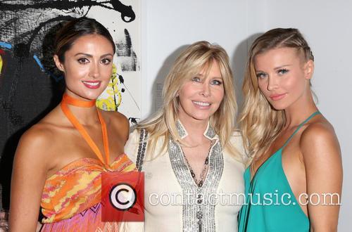Katie Cleary, Lisa Gastineau and Joanna Krupa 6