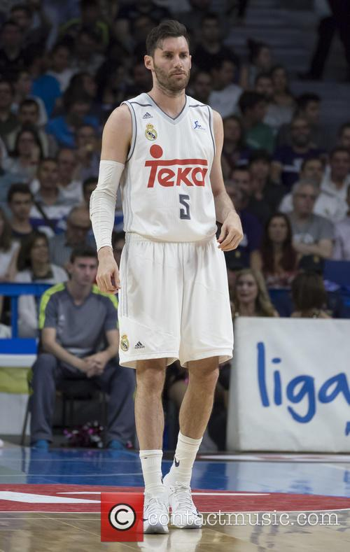 Real Madrid, Rudy Fernandez and Valencia 2