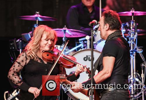 Soozie Tyrell and Bruce Springsteen 1