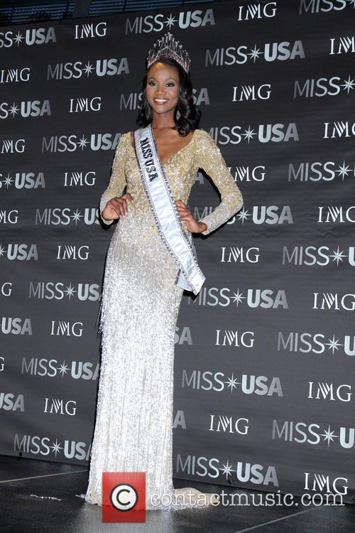 Miss Usa, Deshauna Barber and Miss District Of Columbia 10