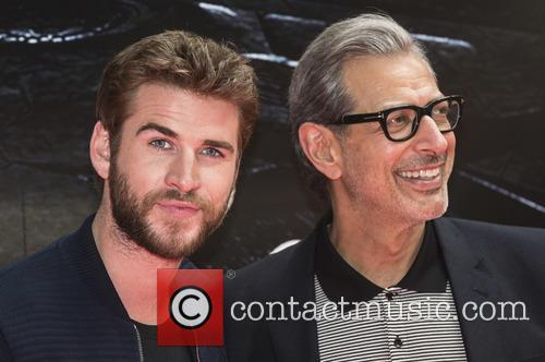Liam Hemsworth and Jeff Goldblum 6