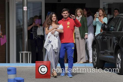 Iker Casillas and Sara Carbonero 6
