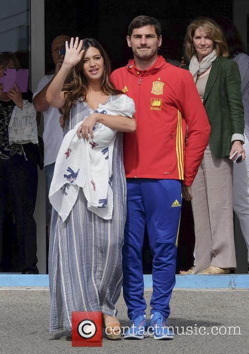 Iker Casillas and Sara Carbonero 7