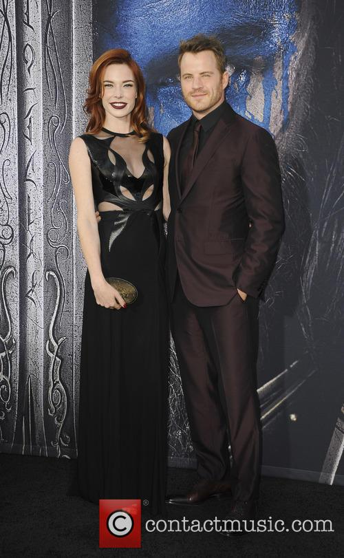 Chloe Dykstra and Rob Kazinsky 1