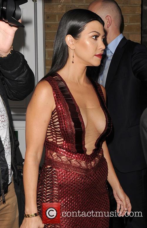 Kourtney Kardashian 8