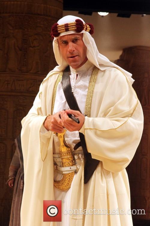 Joseph Fiennes 9