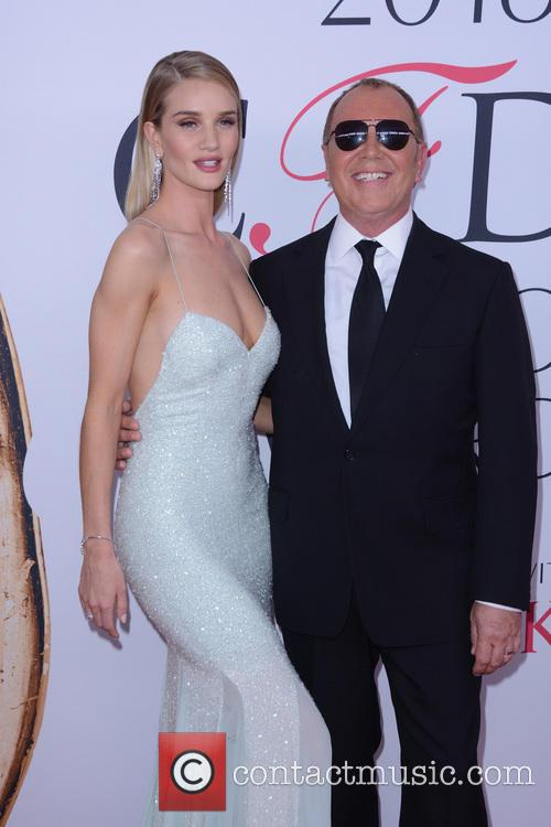 Rosie Huntington-whiteley and Michael Kors 6