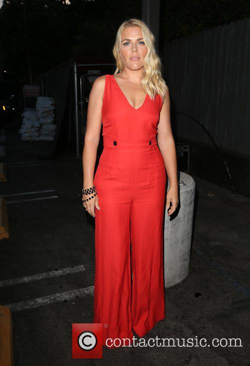 Busy Philipps 6
