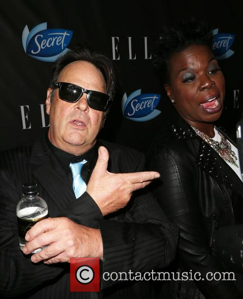 Dan Aykroyd and Leslie Jones 4