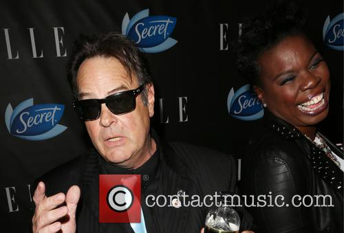 Dan Aykroyd and Leslie Jones 5