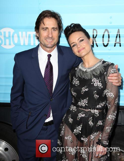 Luke Wilson and Carla Gugino 5