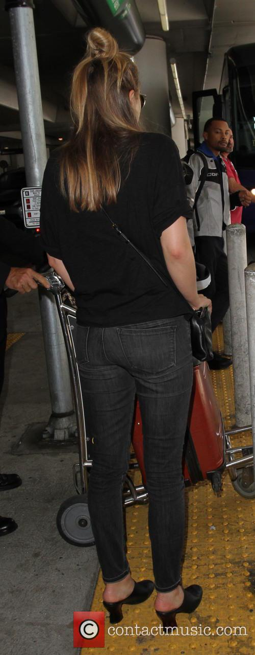 Elizabeth Olsen 9