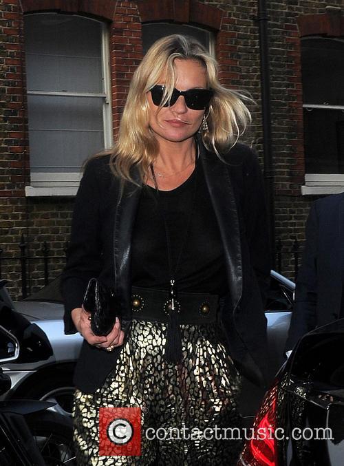 Kate Moss arriving at Bella Freud shop