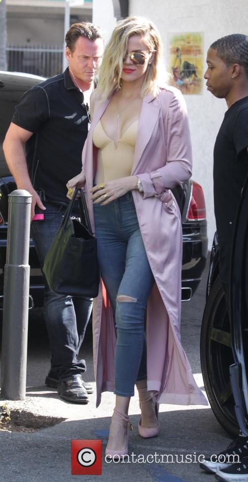 Khloé Kardashian 3