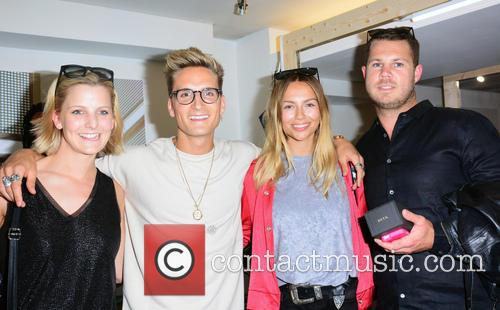 Jennie Harris, Oliver Proudlock, Emma Lou Connolly and Guest 2