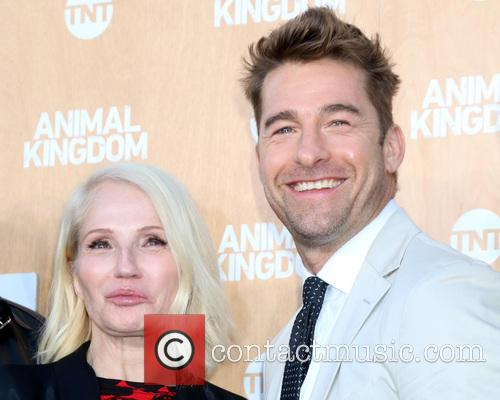 Ellen Barkin and Scott Speedman 8