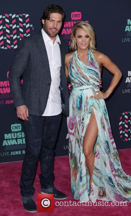 Mike Fisher and Carrie Underwood 3