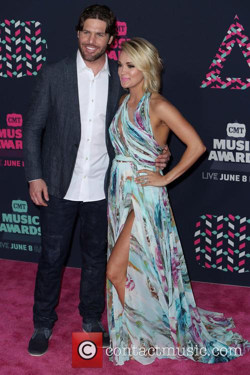Mike Fisher and Carrie Underwood 5