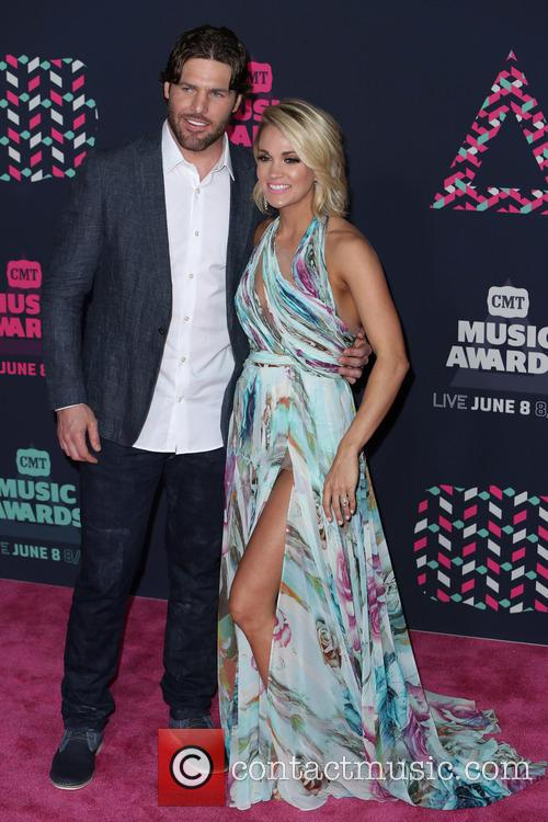 Mike Fisher and Carrie Underwood 6