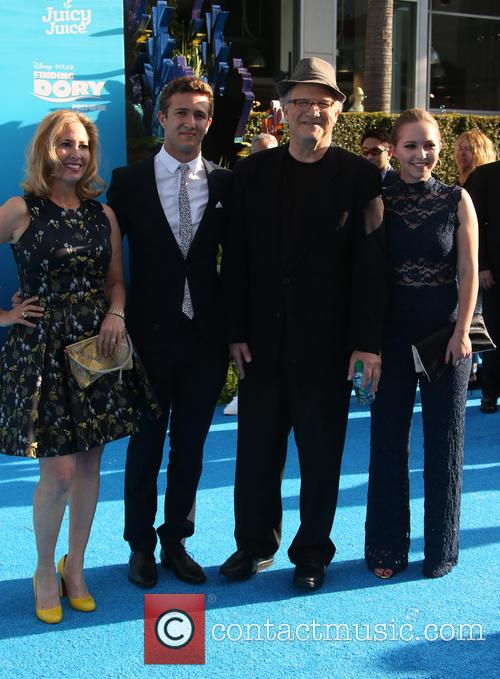 Albert Brooks, Kimberly Shlain, Claire Elizabeth Einstein and Jacob Eli Einstein 7